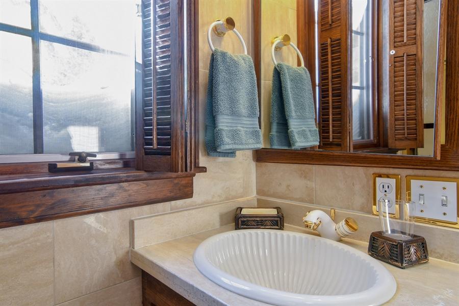 Real Estate Photography - 1041 Locust Rd, Wilmette, IL, 60091 - 3rd Bathroom