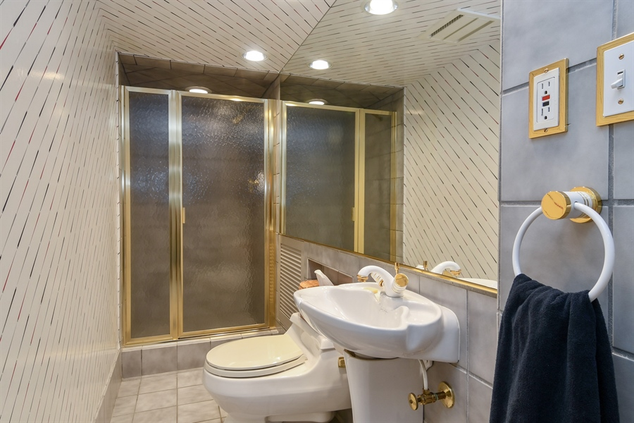Real Estate Photography - 1041 Locust Rd, Wilmette, IL, 60091 - Lower Level Bathroom