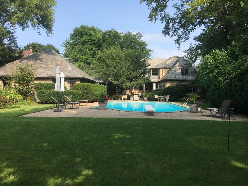 Real Estate Photography - 1041 Locust Rd, Wilmette, IL, 60091 -