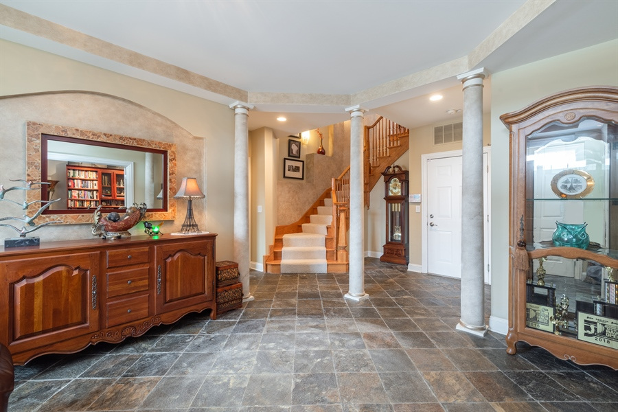 Real Estate Photography - 2048 Valor Ct, Glenview, IL, 60026 - Foyer