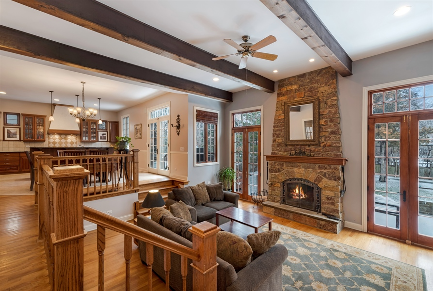 Real Estate Photography - 809 Glenwood Ln, Glenview, IL, 60025 - Family Room