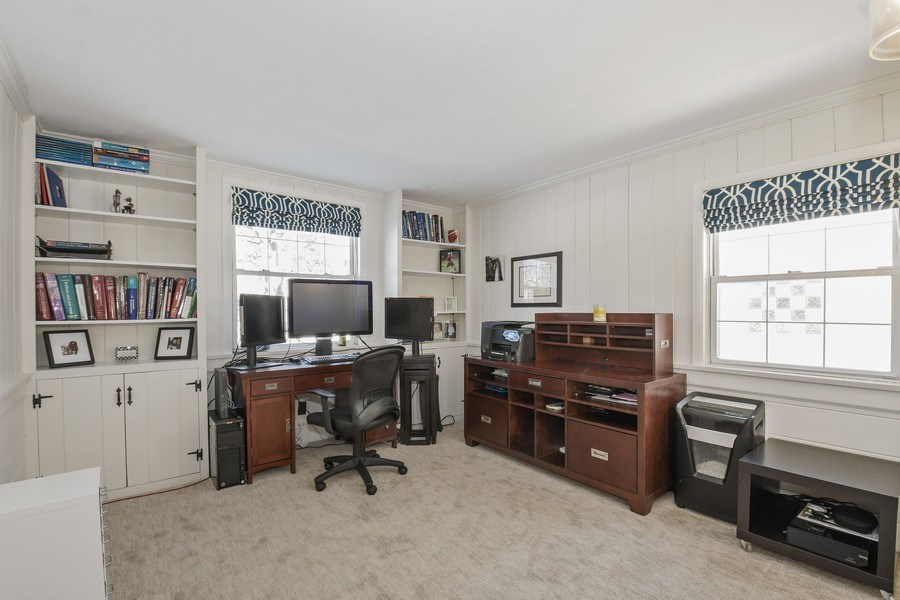 Real Estate Photography - 1733 Stevens Dr, Glenview, IL, 60025 - Office