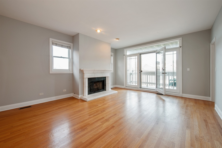 Real Estate Photography - 4745 N Dover St, Chicago, IL, 60640 - Living Room