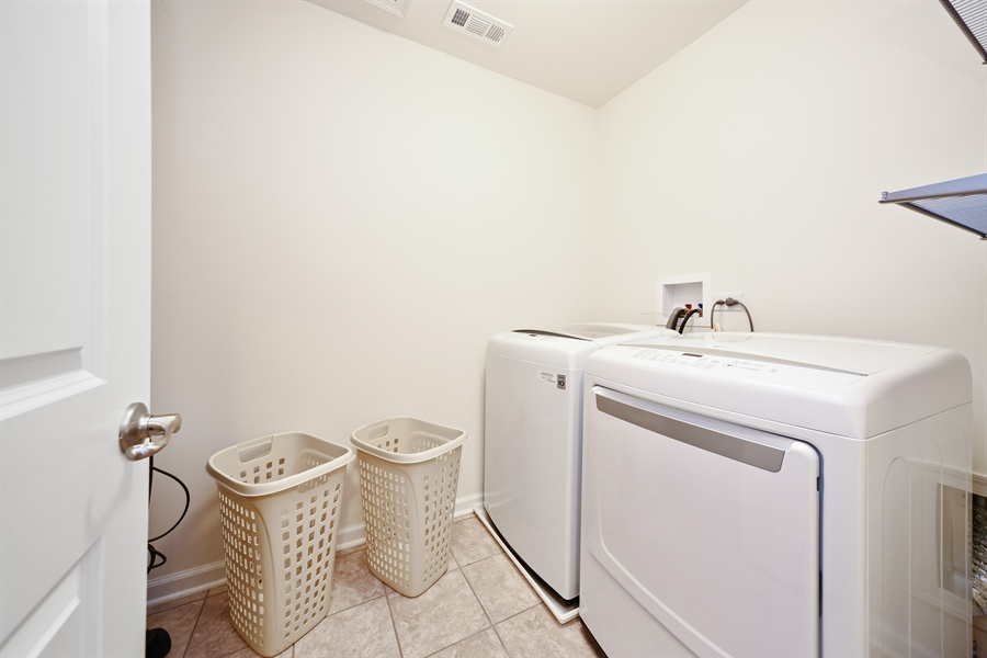Real Estate Photography - 890 Sunburst Lane, Gilberts, IL, 60136 - Laundry Room