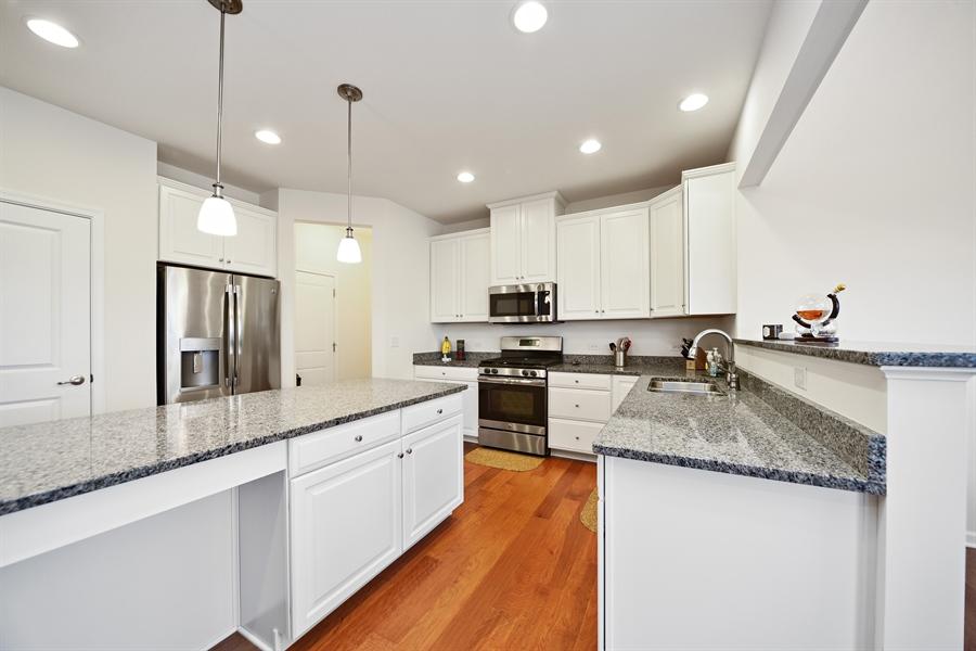 Real Estate Photography - 890 Sunburst Lane, Gilberts, IL, 60136 - Kitchen
