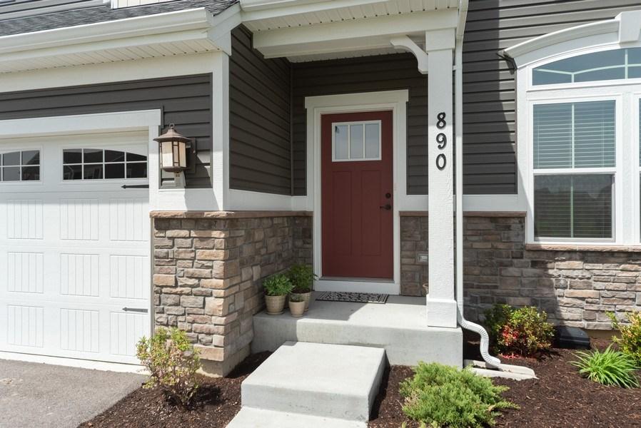 Real Estate Photography - 890 Sunburst Lane, Gilberts, IL, 60136 - Entryway