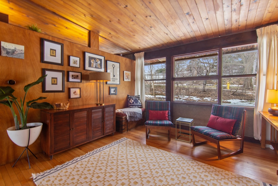 Real Estate Photography - 565 Meadow Rd, Winnetka, IL, 60043 - 3rd bed/Den