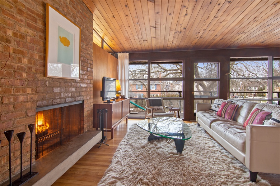 Real Estate Photography - 565 Meadow Rd, Winnetka, IL, 60043 - Living Room