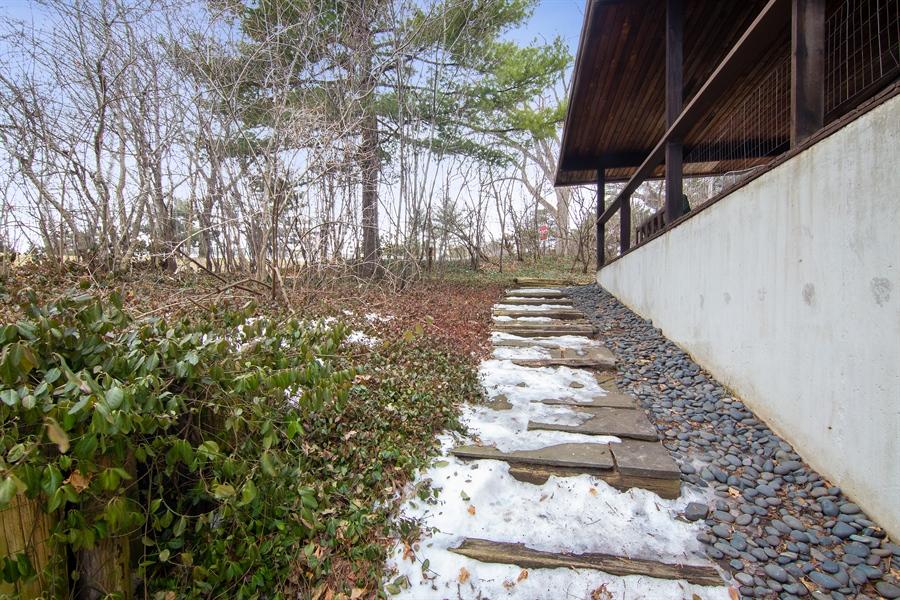 Real Estate Photography - 565 Meadow Rd, Winnetka, IL, 60043 - Side Yard