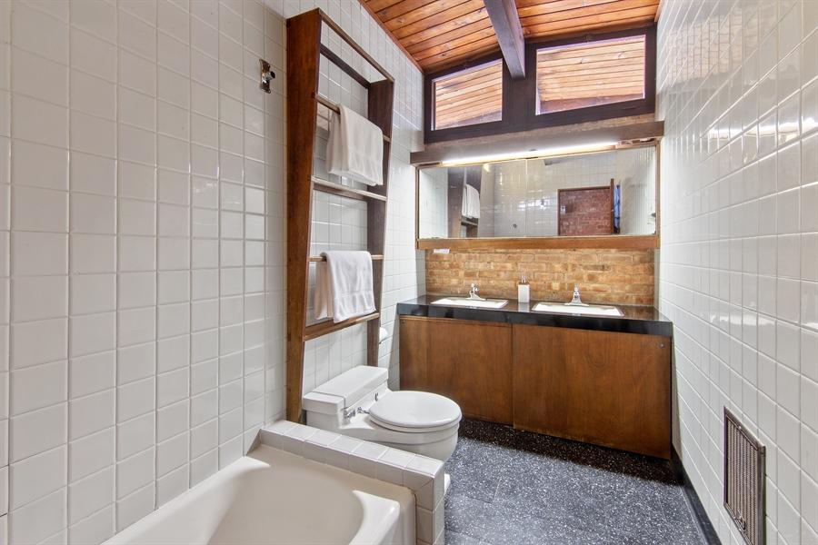 Real Estate Photography - 565 Meadow Rd, Winnetka, IL, 60043 - Bathroom