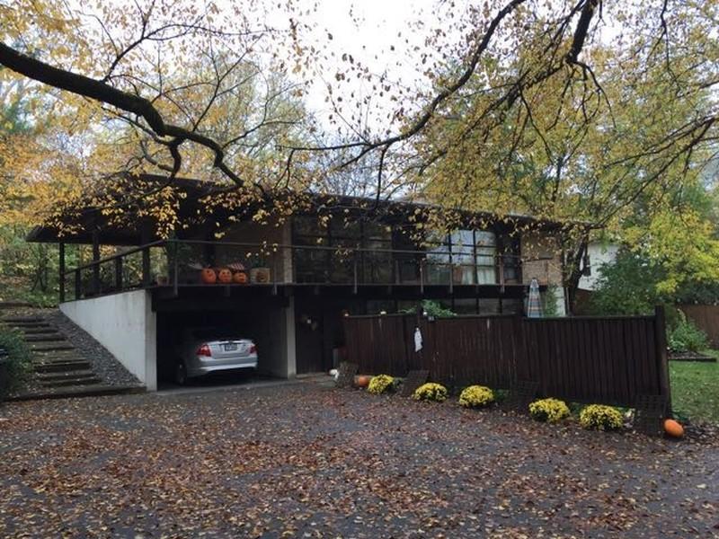 Real Estate Photography - 565 Meadow Rd, Winnetka, IL, 60043 -