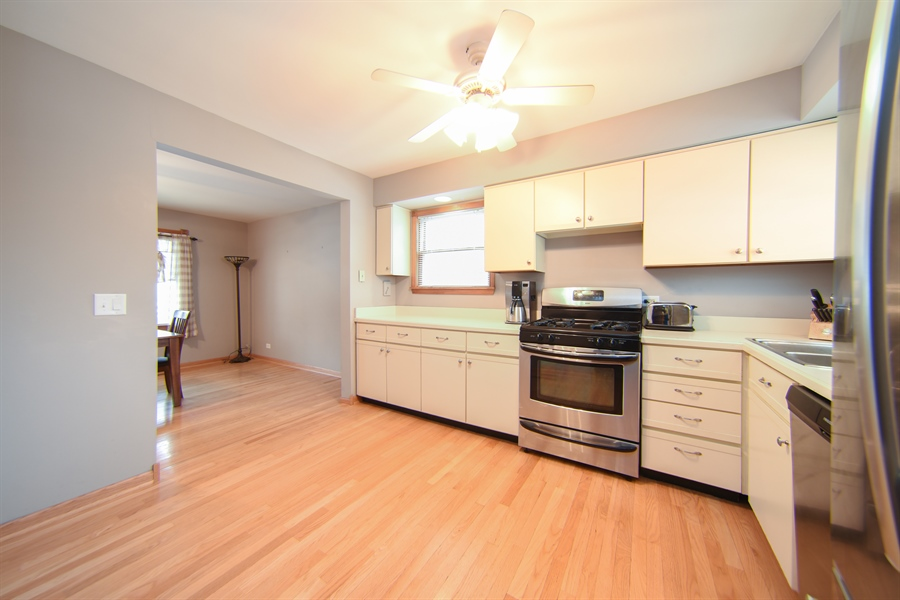 Real Estate Photography - 310 N Owen St, Mount Prospect, IL, 60056 - Kitchen
