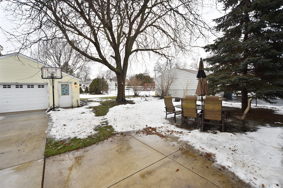 Real Estate Photography - 310 N Owen St, Mount Prospect, IL, 60056 - Back Yard