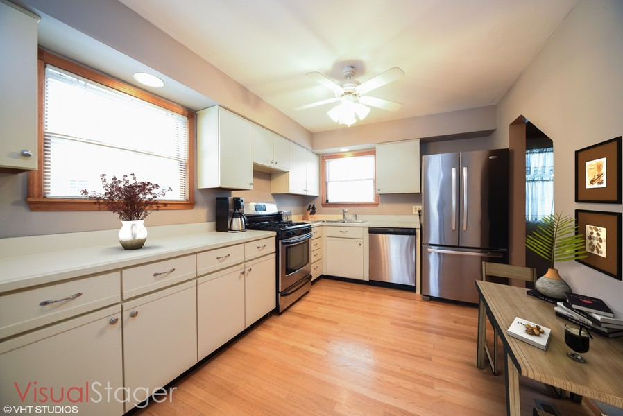 Real Estate Photography - 310 N Owen St, Mount Prospect, IL, 60056 -