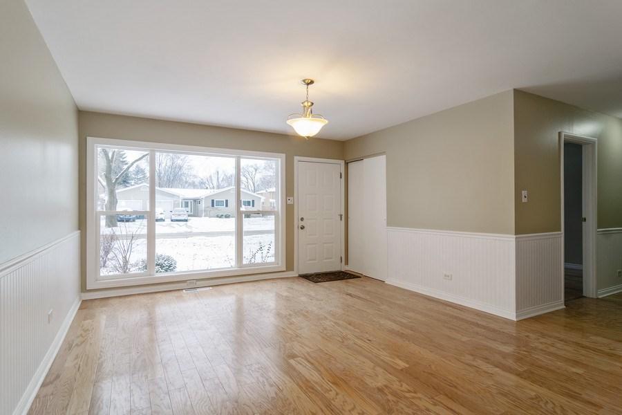 Real Estate Photography - 520 Maywood Lane, Hoffman Estates, IL, 60169 - Living Room