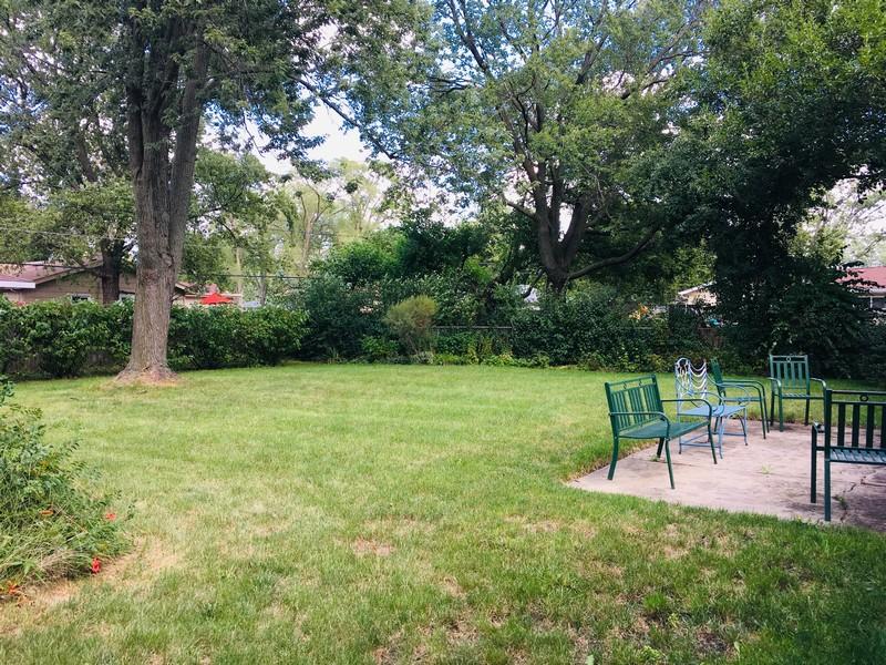 Real Estate Photography - 520 Maywood Lane, Hoffman Estates, IL, 60169 -