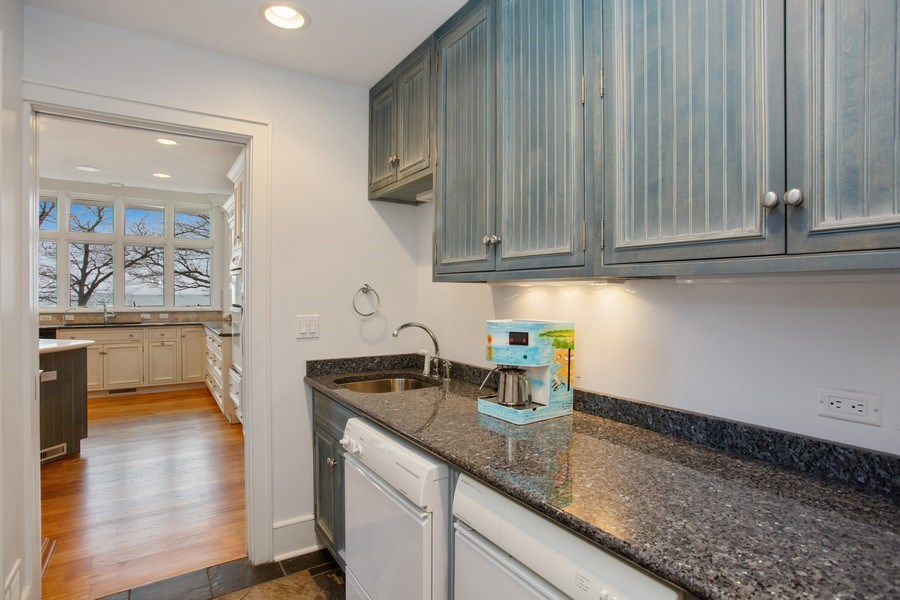 Real Estate Photography - 13173 Sunset Point, New Buffalo, MI, 49117 - Butler's Pantry
