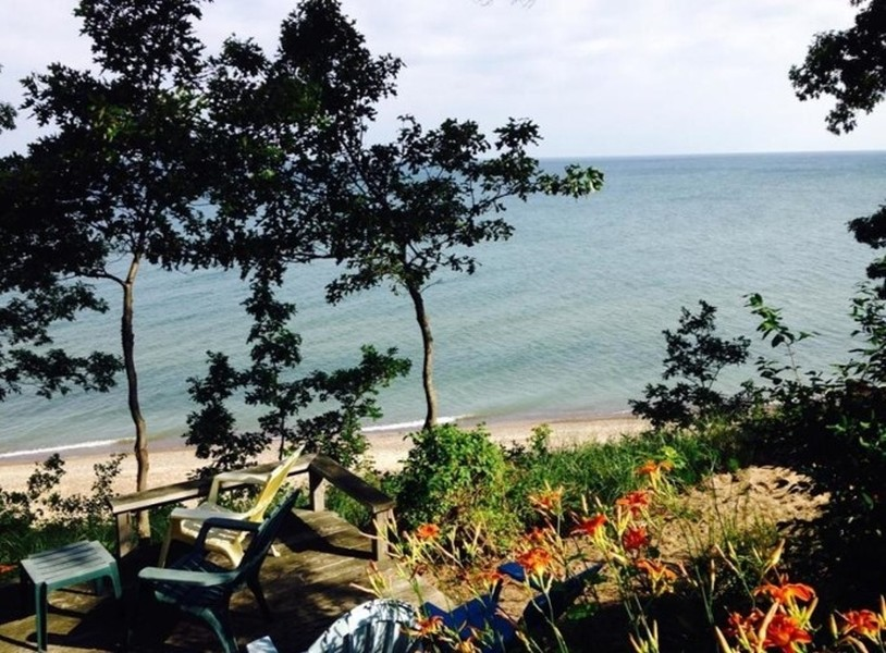 Real Estate Photography - 13173 Sunset Point, New Buffalo, MI, 49117 - Private Beach