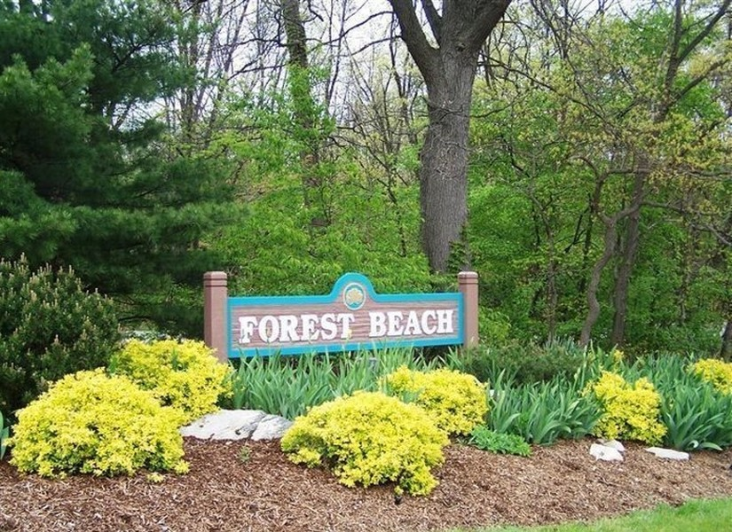 Real Estate Photography - 13173 Sunset Point, New Buffalo, MI, 49117 - Welcome to Forest Beach