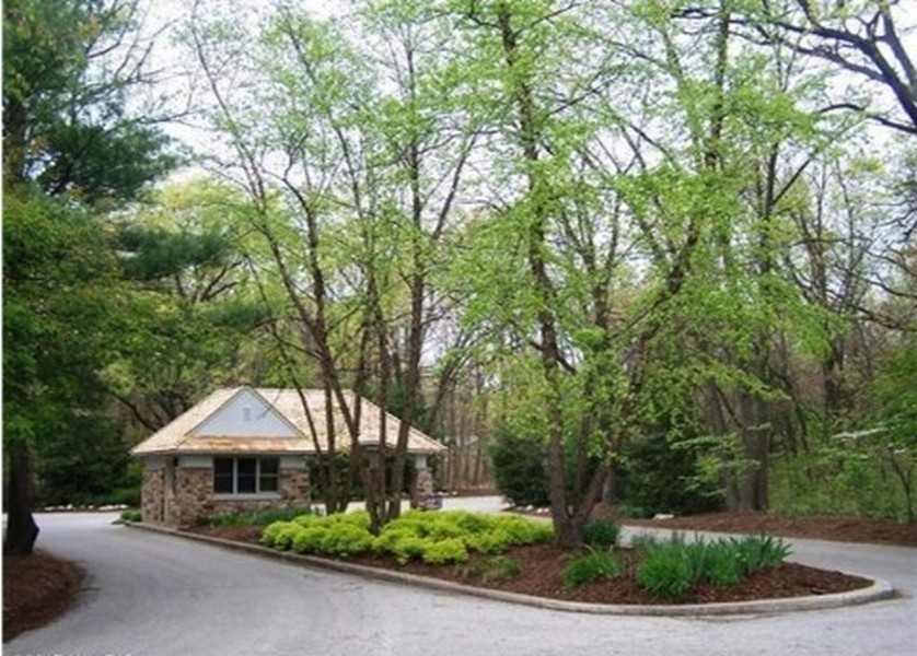 Real Estate Photography - 13173 Sunset Point, New Buffalo, MI, 49117 - Forest Beach Gate House
