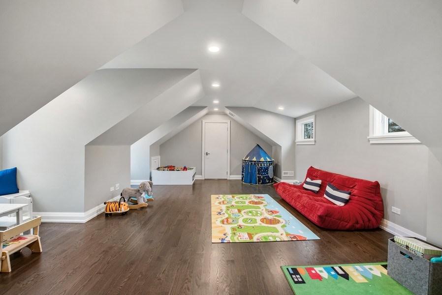 Real Estate Photography - 467 Provident Avenue, Winnetka, IL, 60093 - 3rd Floor