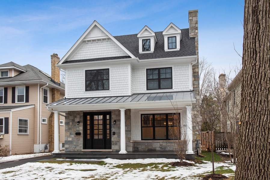 Real Estate Photography - 467 Provident Avenue, Winnetka, IL, 60093 - Front View