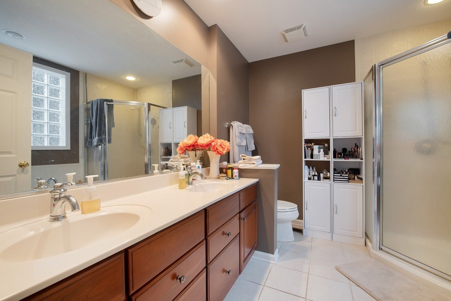 Real Estate Photography - 3509 N. Reta Ave, #2, Chicago, IL, 60657 - Master Bathroom