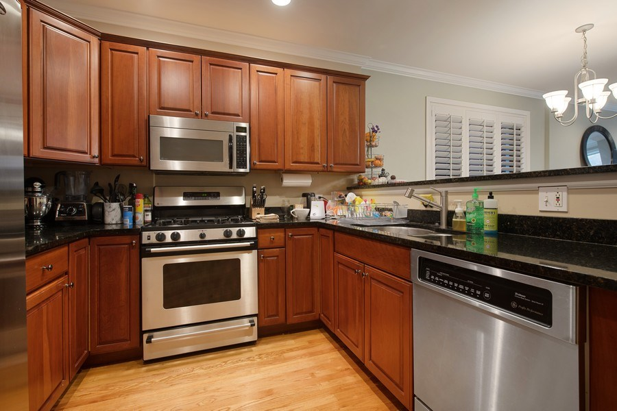 Real Estate Photography - 3509 N. Reta Ave, #2, Chicago, IL, 60657 - Kitchen