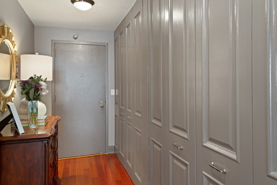 Real Estate Photography - 111 W. Maple, 2305, Chicago, IL, 60610 - Foyer