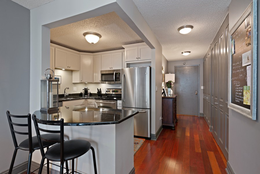 Real Estate Photography - 111 W. Maple, 2305, Chicago, IL, 60610 - Kitchen