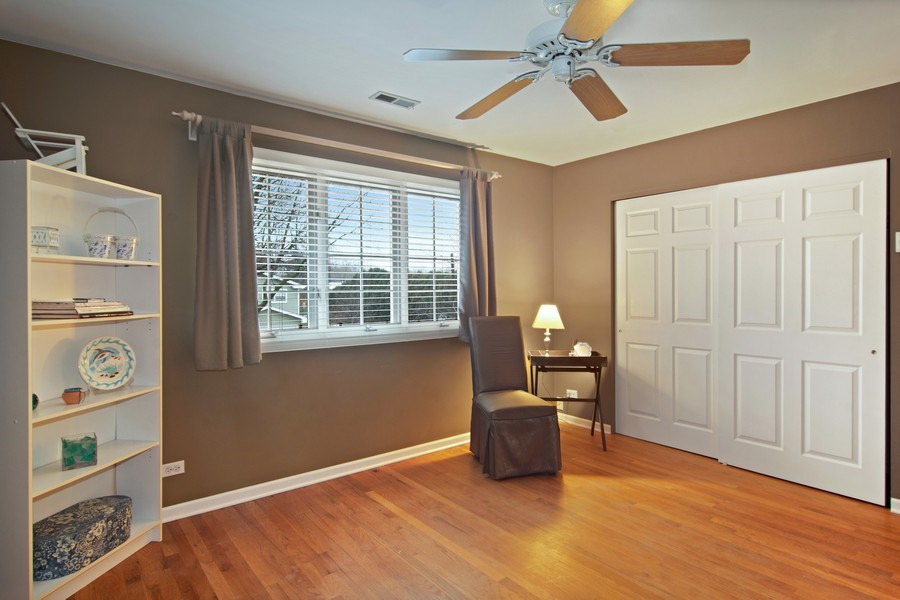 Real Estate Photography - 133 N Rammer, Arlington Heights, IL, 60004 - 2nd Bedroom