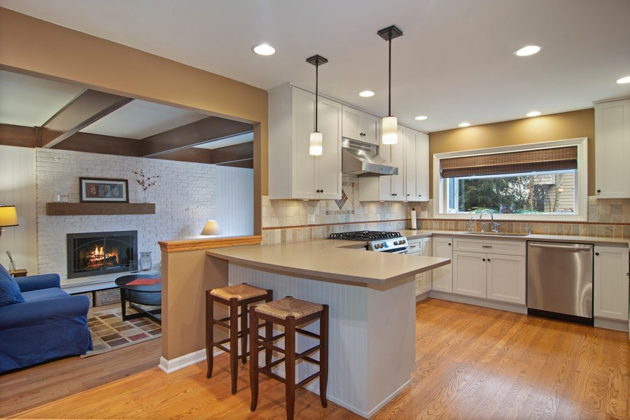 Real Estate Photography - 133 N Rammer, Arlington Heights, IL, 60004 - Kitchen