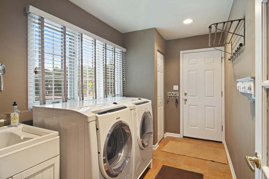Real Estate Photography - 133 N Rammer, Arlington Heights, IL, 60004 - Laundry Room