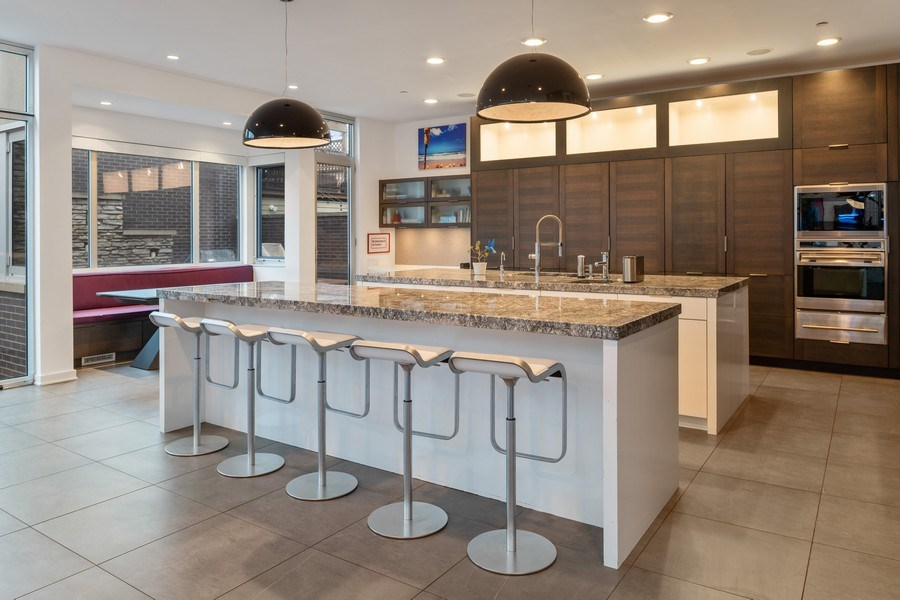 Real Estate Photography - 3310 N Leavitt Ave, Chicago, IL, 60618 - Kitchen