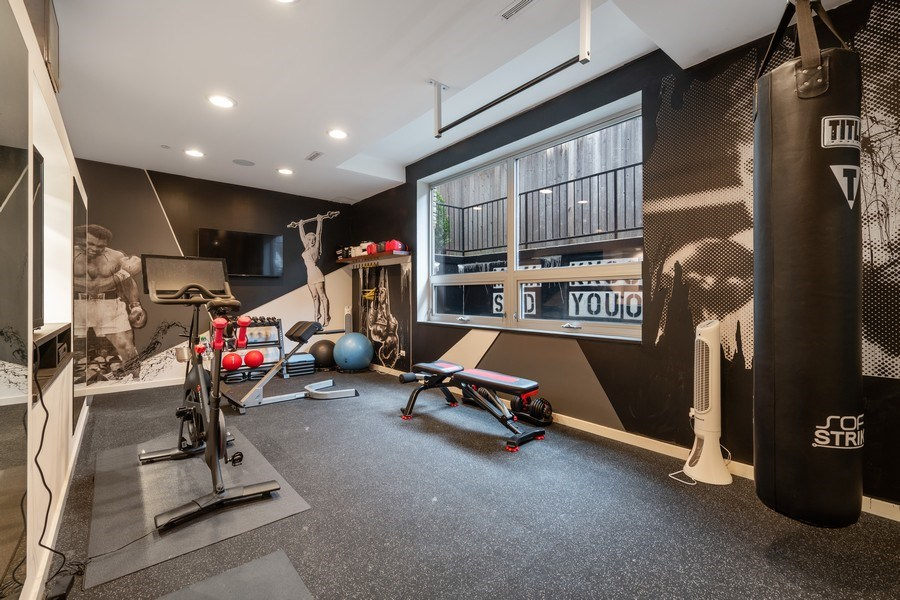 Real Estate Photography - 3310 N Leavitt Ave, Chicago, IL, 60618 - Exercise Room