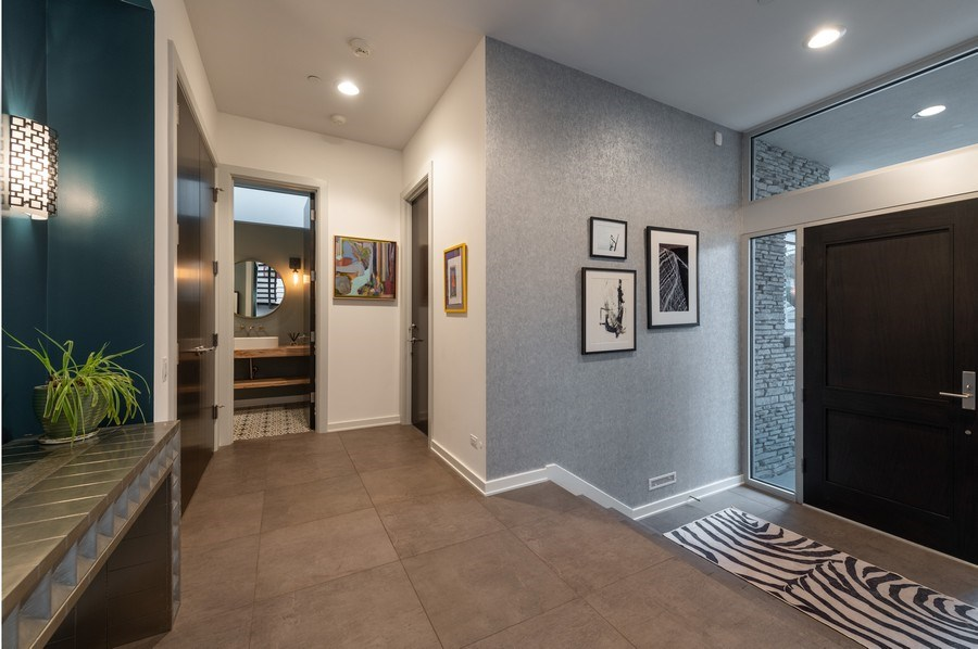 Real Estate Photography - 3310 N Leavitt Ave, Chicago, IL, 60618 - Entryway