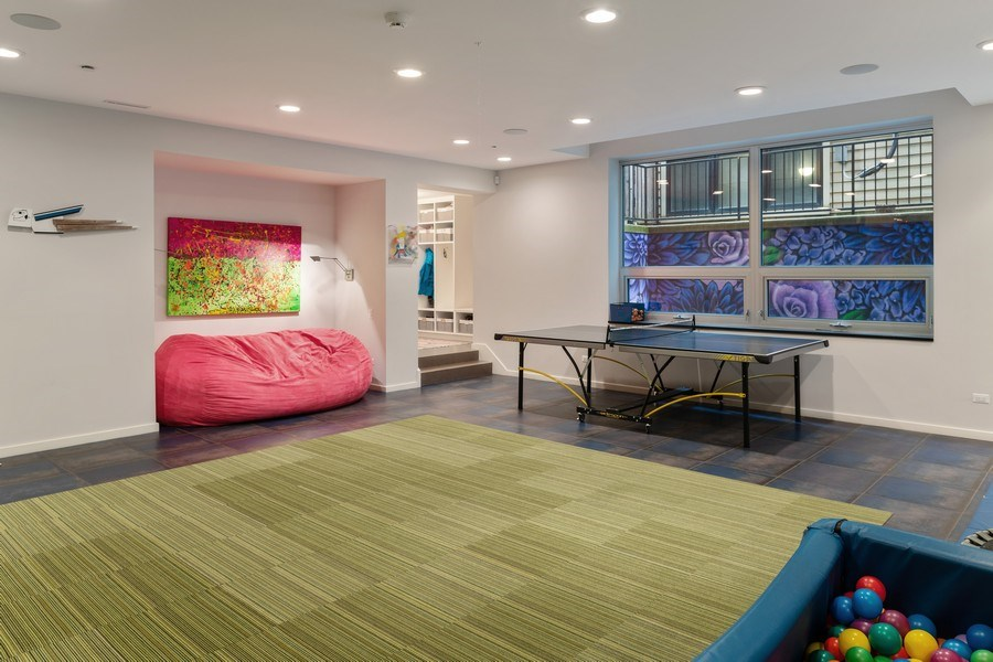 Real Estate Photography - 3310 N Leavitt Ave, Chicago, IL, 60618 - Recreational Room