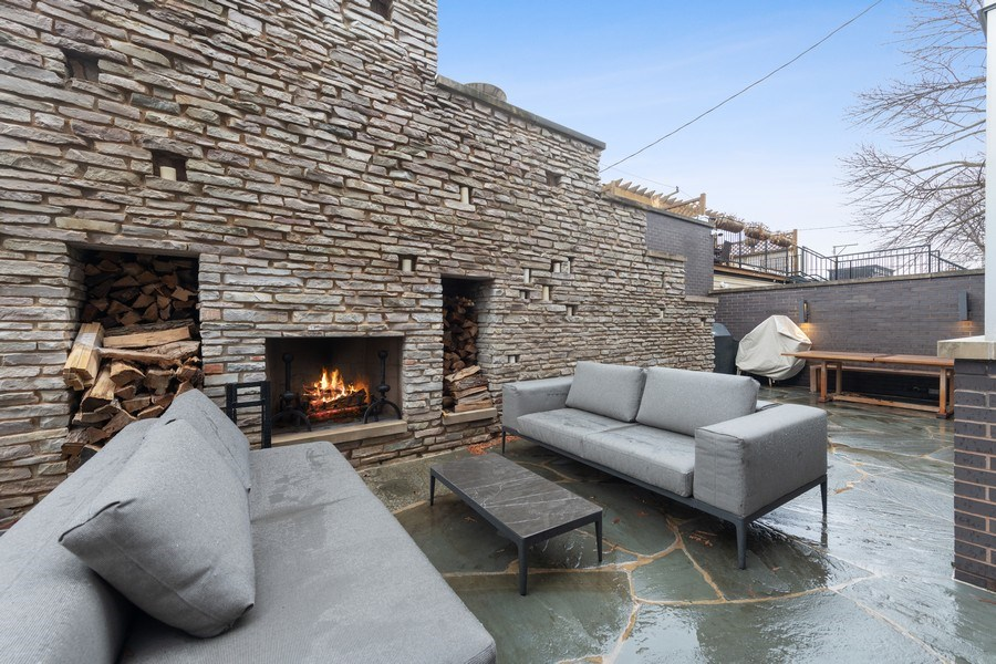 Real Estate Photography - 3310 N Leavitt Ave, Chicago, IL, 60618 - Patio