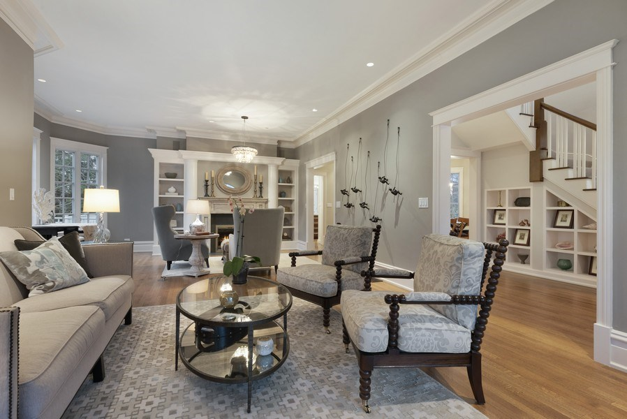 Real Estate Photography - 706 Sheridan Rd, Evanston, IL, 60202 - Living Room