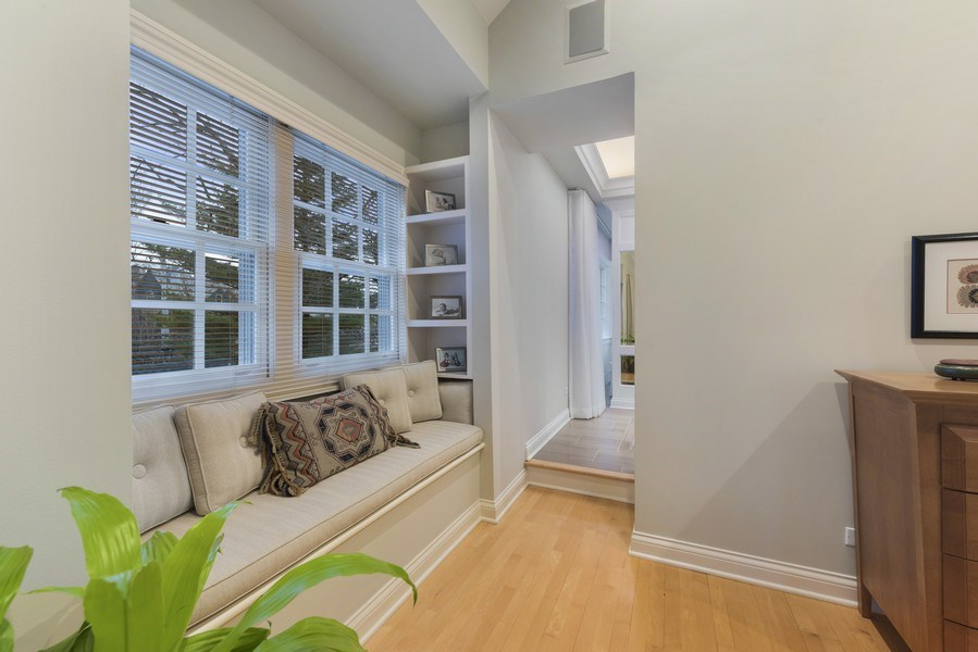 Real Estate Photography - 706 Sheridan Rd, Evanston, IL, 60202 - Master Bedroom