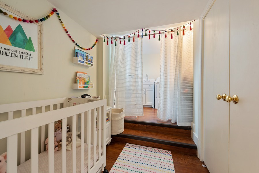 Real Estate Photography - 706 Sheridan Rd, Evanston, IL, 60202 - Room