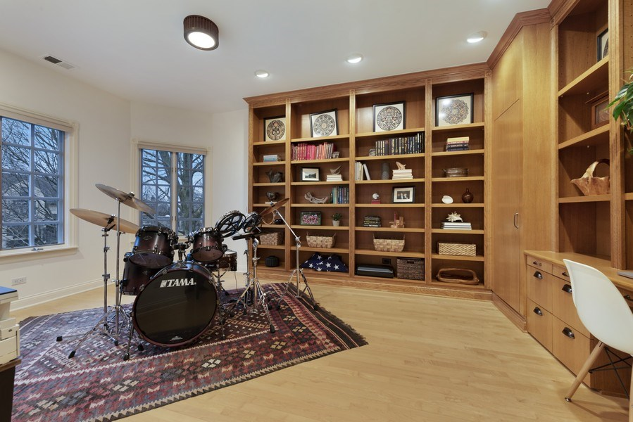 Real Estate Photography - 706 Sheridan Rd, Evanston, IL, 60202 - 5th Bedroom/Office