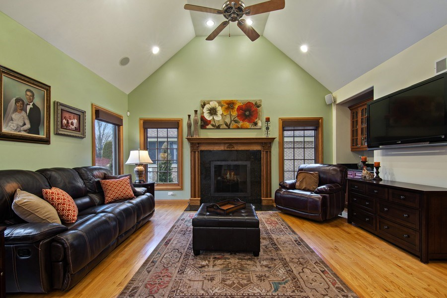 Real Estate Photography - 1200 Manzella Lane, Glenview, IL, 60025 - Family Room