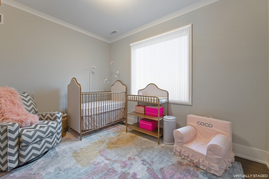 Real Estate Photography - 3943 N Hoyne Ave, Chicago, IL, 60618 - 2nd Bedroom