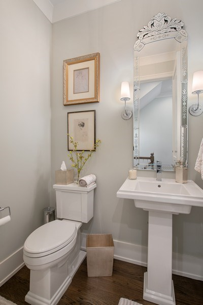 Real Estate Photography - 3943 N Hoyne Ave, Chicago, IL, 60618 - Powder Room