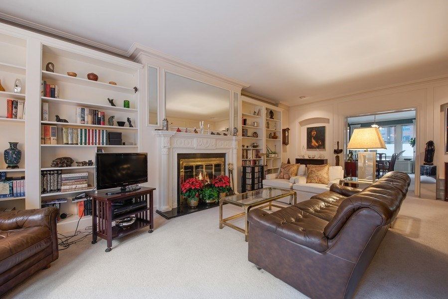 Real Estate Photography - 2912 N Commonwealth, Unit 1A, Chicago, IL, 60657 - Living Room