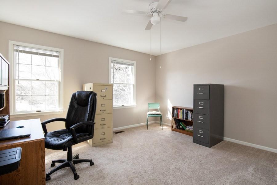 Real Estate Photography - 1716 Cedar Glen Ct, Libertyville, IL, 60048 - 4th Bedroom