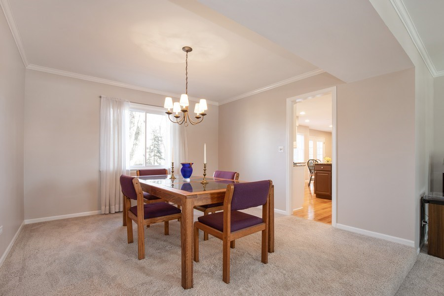 Real Estate Photography - 1716 Cedar Glen Ct, Libertyville, IL, 60048 - Dining Room