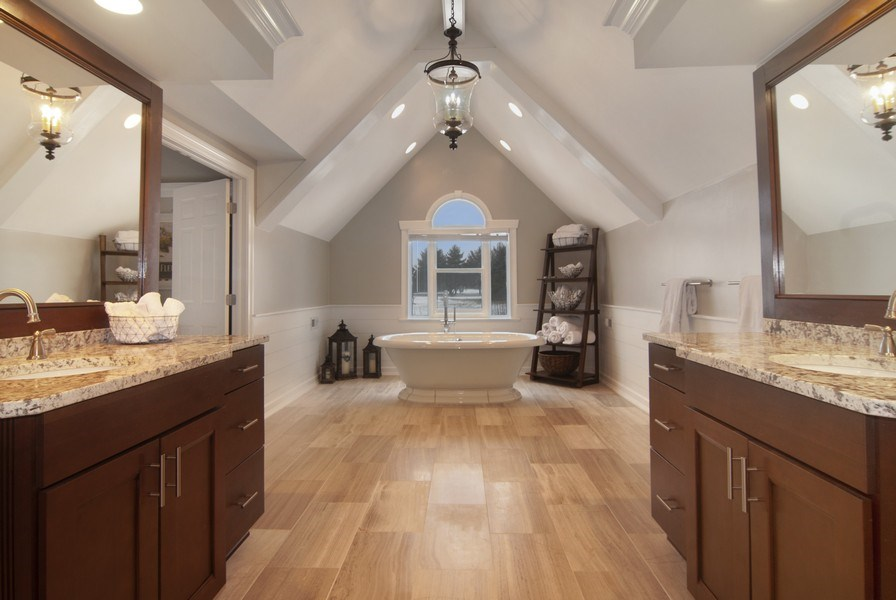 Real Estate Photography - 38W613 Clubhouse Dr, St Charles, IL, 60175 - Master Bathroom