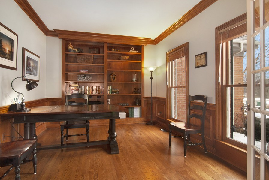 Real Estate Photography - 38W613 Clubhouse Dr, St Charles, IL, 60175 - Den